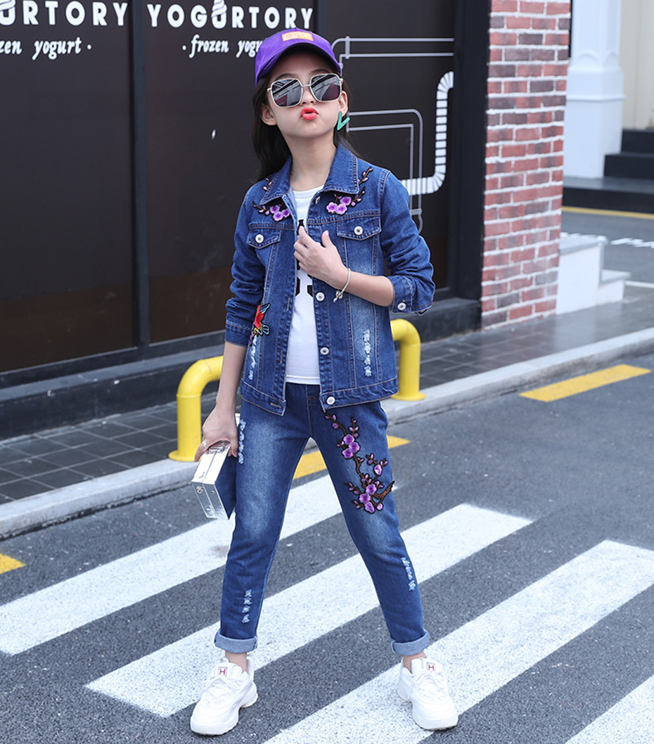 Image 3 - Girls Clothes Set Denim Jackets + Jeans Pants 2PCS Set For Girls Flower Embroidery Clothes For Girls 6 8 10 12 13 14 YearClothing Sets   -