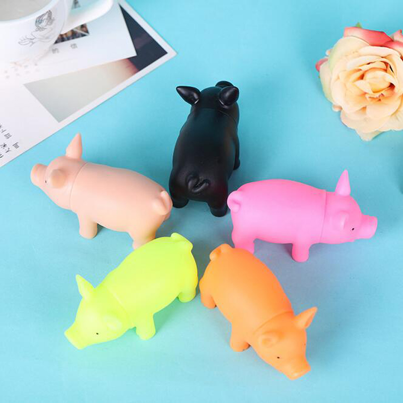 8cm Baby Kids Bath Swimming Adult Anti Stress Small Mini Cute Animal Pig Model Squeezing Sounding Finger Toys Birthday Gifts