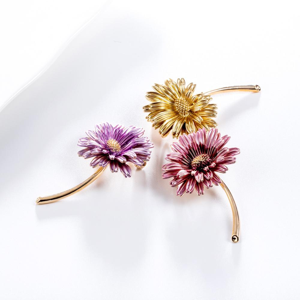 CINDY XIANG Enamel Daisy Pins Summer Fashion Brooch Women and Men Unisex Brooches Sunflower Accessories 3 Colors Choose New 2021 5