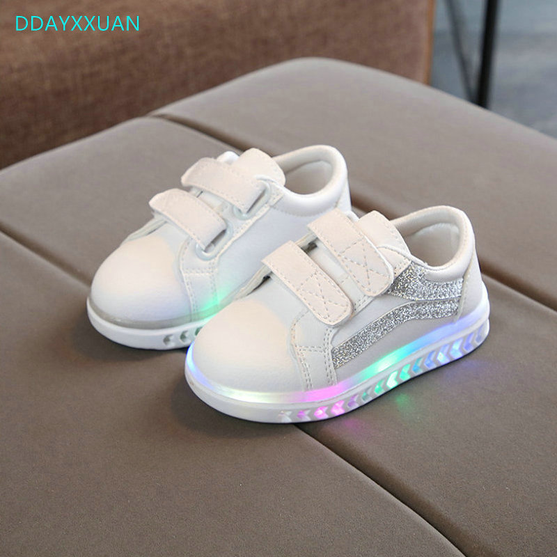 Kids Shoes With Lights New Brand Spring Printed Toddler Boys Glowing Sneakers Children Sports Shoes for Baby Girls Led SneakerKids Shoes With Lights New Brand Spring Printed Toddler Boys Glowing Sneakers Children Sports Shoes for Baby Girls Led Sneaker