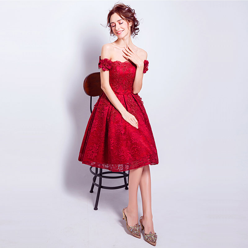 Brand New 2017 Strapless Off the Shoulder Red Lace Back Lace Up Knee-Length Cocktail Party Dresses Vestidos Femininos