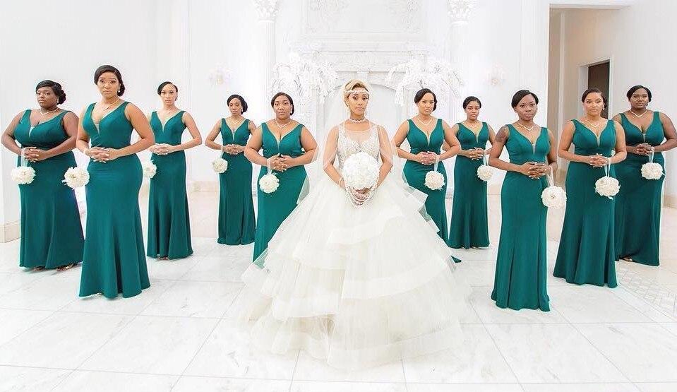 Plus la Taille Robes de mariée Longue Pourpre De Noce Clients Robe Femme