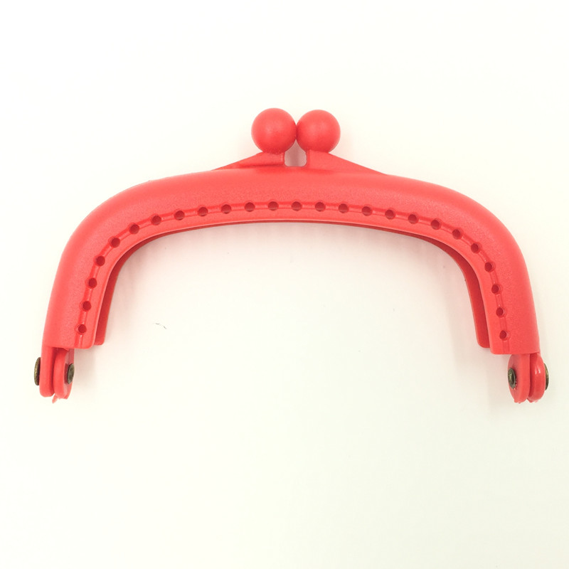 50Pcs/lot Wholesale Red Plastic Coins Purse Arc Frame Kiss Clasps Lock Clutch Clips Handbag Handle 9x5cm