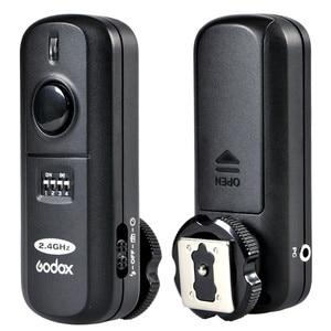 Image 1 - Godox FC 16 2.4G اللاسلكية عن بعد فلاش الزناد 16 قنوات ل بنتاكس K 1 K 3 K 3II K5 K 5 IIs K 30 K 50 K20D K100D K110D cs 205