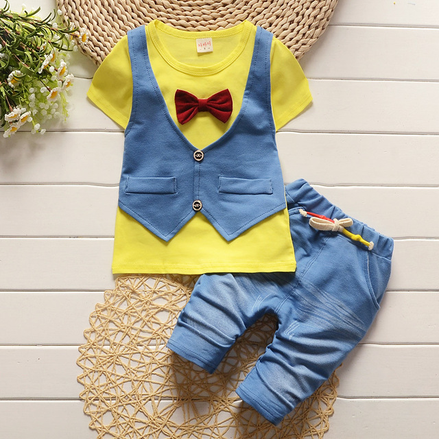 121a6c0b486e Oklady Summer Kids fake two 2pcs clothes suit Baby Boy T-shirt Top+Short pants  outfit set children gentleman Clothing Sets