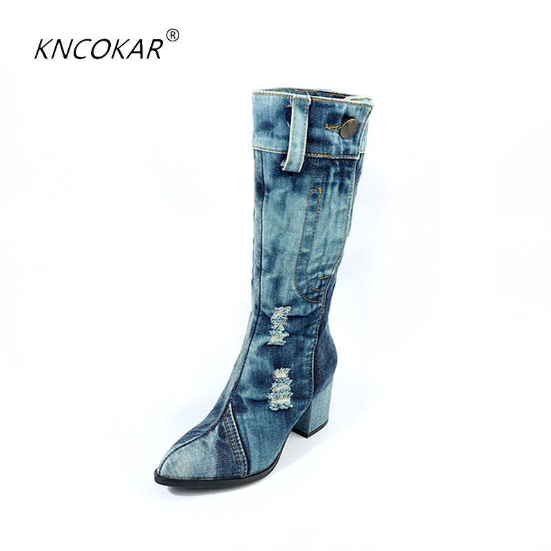 In the fall and winter of 2018 the new canvas shoes high heeled boots in denim