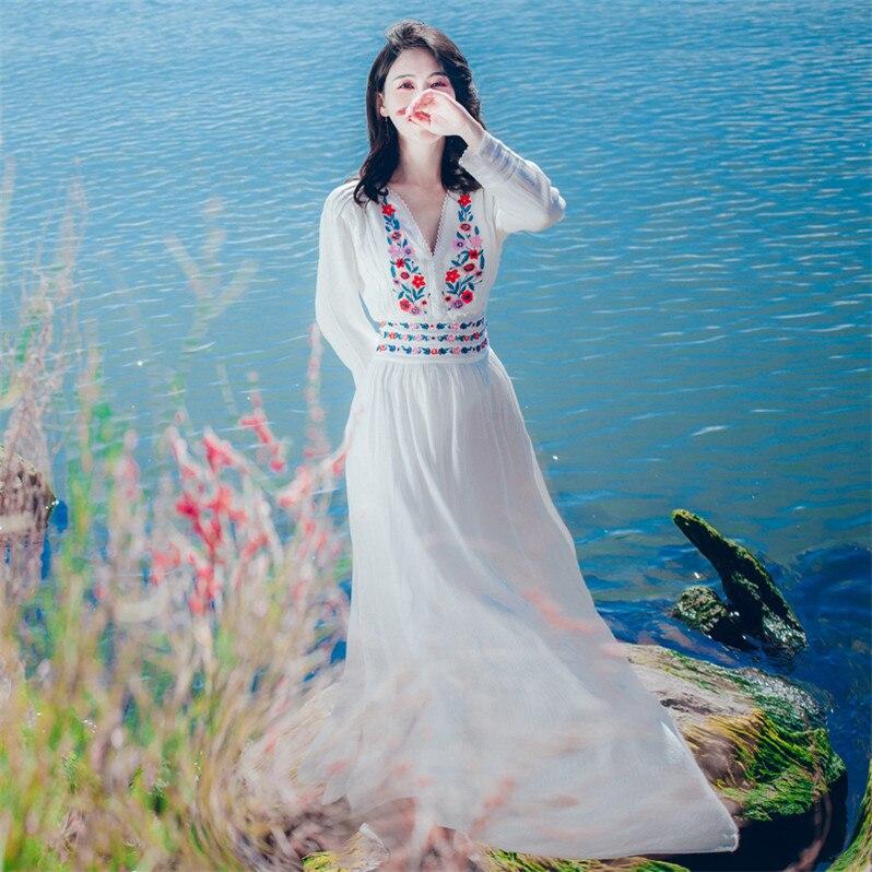 Floral 2019 été blanc robes automne vintage rétro à manches longues maxi papier peint ethnique brodé robe 1952