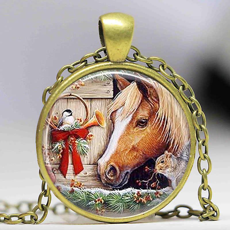 ซานตากับม้าสร้อยคอคริสมาสต์รถจี้เมดแก้วฝังสวมใส่ศิลปะซานตา