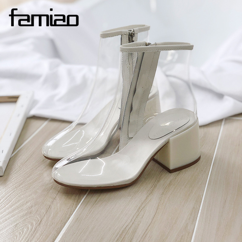 FAMIAO Hot new women PVC ankle boots pointed toe crystal heel transparent women boots clear high heels summer rain shoes western femme clear heel transparent boots plastic women ankle booties peep toe high heels shoes summer short boots new fashion