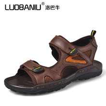 2017 summer new fashion casual men's sandals men beach sandals Genuine leather open-toed sandals,black Brown slippers