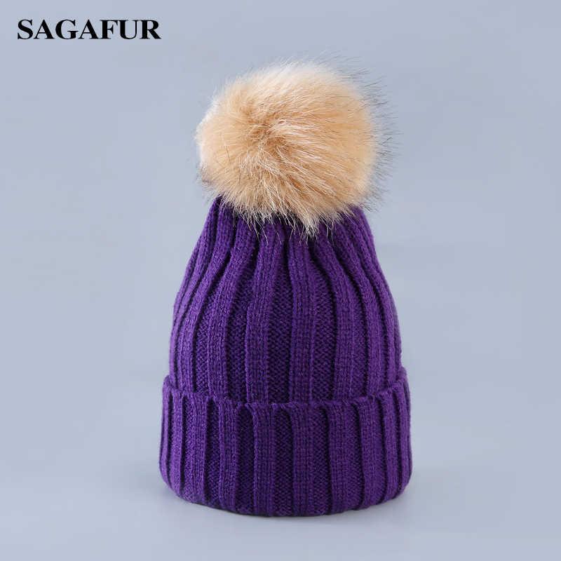 Soft WARM หมวกผู้หญิงฤดูหนาว Beanies สำหรับสาว Elegant Pompoms หมวกอุปกรณ์เสริมแฟชั่น Casual Skullies Beanies สำหรับสุภาพสตรี