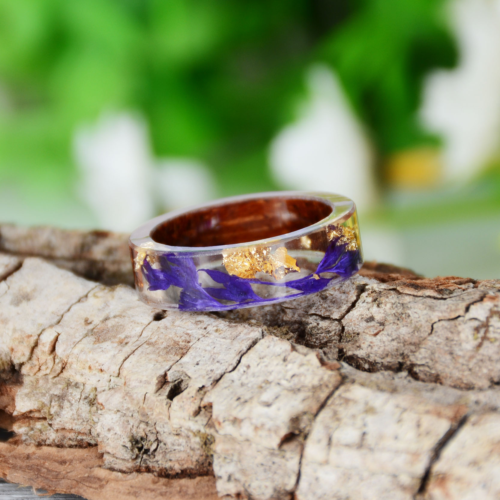 HTB1MhtiKv1TBuNjy0Fjq6yjyXXag - Hot Sale Handmade Wood Resin Ring Dried Flowers Plants Inside Jewelry Resin Ring Transparent Anniversary Ring for Women
