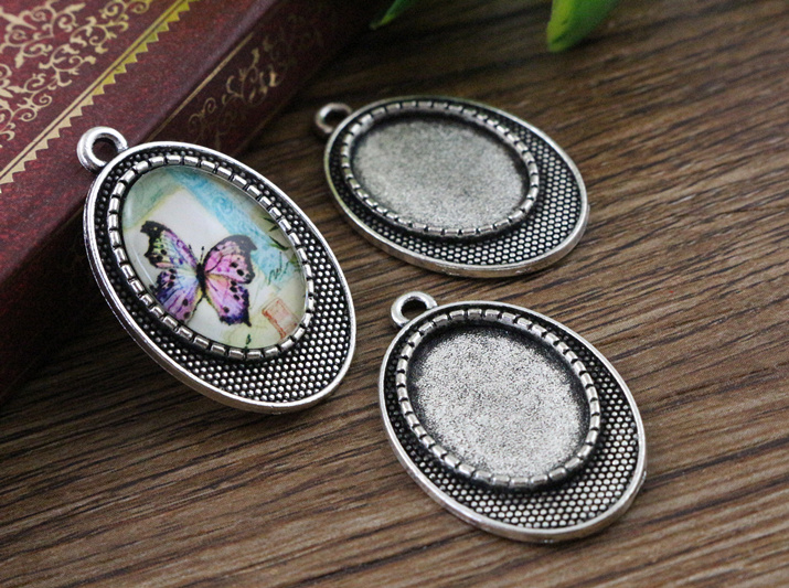 8pcs 13x18mm Inner Size Antique Silver Classic Style Cameo Cabochon Base Setting Pendant necklace findings  (D2-74)8pcs 13x18mm Inner Size Antique Silver Classic Style Cameo Cabochon Base Setting Pendant necklace findings  (D2-74)