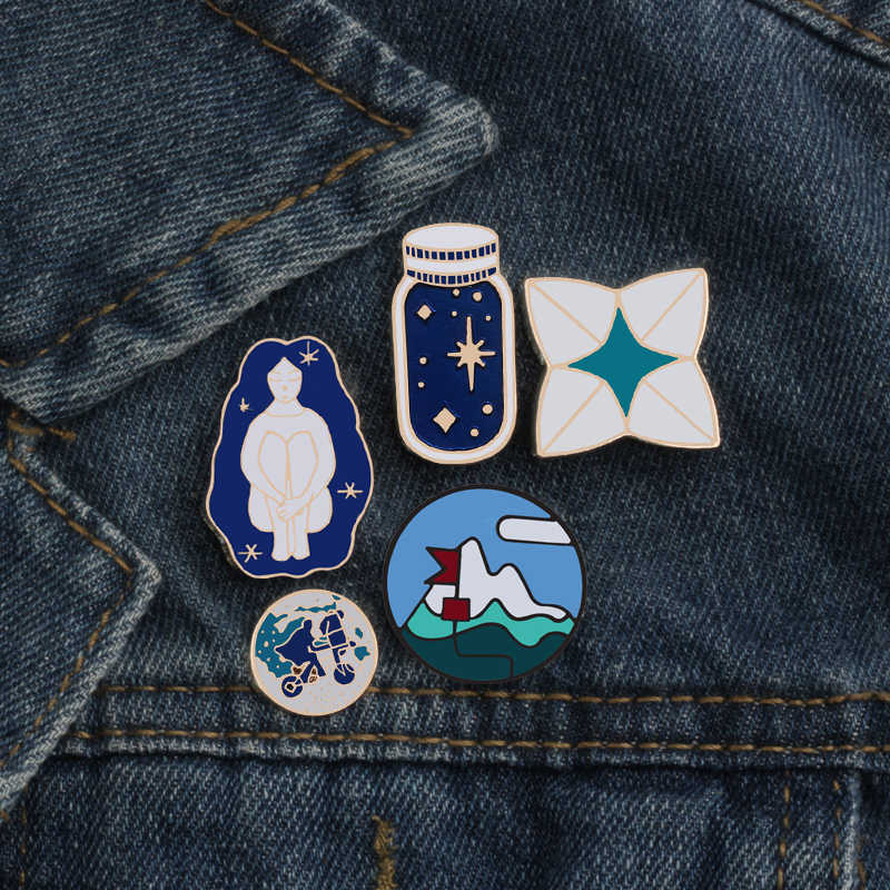แฟชั่นผู้หญิงเข็มกลัดการ์ตูน Wishing ขวด Origami รอบ World เคลือบ Pins Badge กระเป๋าเป้สะพายหลังแจ็คเก็ตอุปกรณ์เสริมสาว