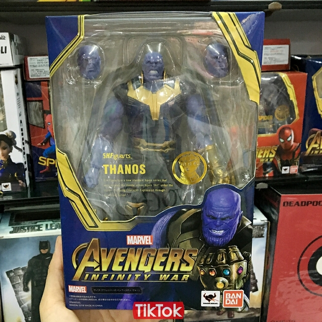 Avengers Infinity War Thanos Iron SpiderMan Iron Man Star Lord Black Panther Captain America Black Widow Dr Strange Action Figure