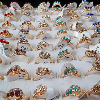 QianBei 2018 Fashion Jewelry Gold Color Rhinestone Rings Women Hot Wholesale Mixed 50pcs/Lots Party Gifts Free Shipping new wholesale mix 36 pcs wholesale jewelry lots style mixed lots crystal rhinestone kid children rings free shipping