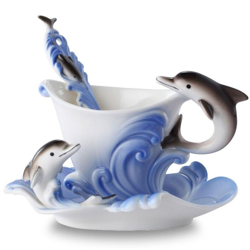 Smalto colorato Tazza di Caffè In Porcellana Vestito Creativo Delfini Europeo tazze e tazzine, una tazza di caffè + disco + scoop per Amico regalo