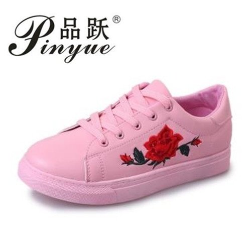 Embroidery Flowers Moccasins Women White shoes Female Soft Breathable Casual Shoes PU Leather Students Lace-Up Flat shoes Woman a three dimensional embroidery of flowers trees and fruits chinese embroidery handmade art design book