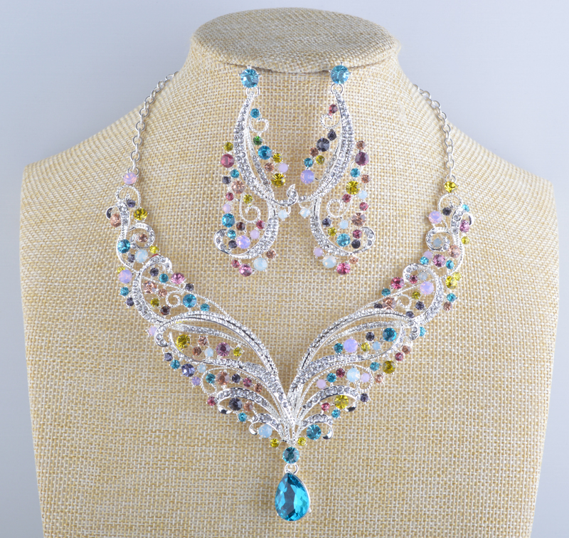 India style Crystal bridal necklace earrings sets Spring mult color Evening Party jewelry set For women statement necklace luxury rhinestone bridal necklace earrings set crystal ab color aurora color evening party jewelry set drop water flower style