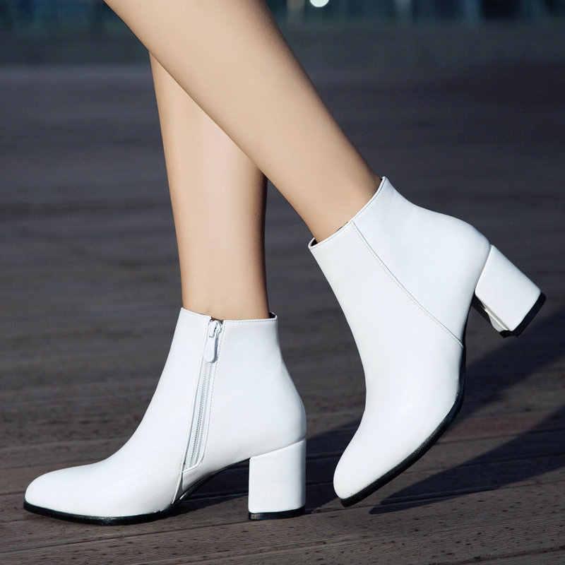 Beyaz yarım çizmeler Kadınlar için Tıknaz Çizmeler Yüksek Topuk Sonbahar Kış Sivri Burun Patik Kadın Moda Fermuar Kahverengi siyah çizmeler 2019
