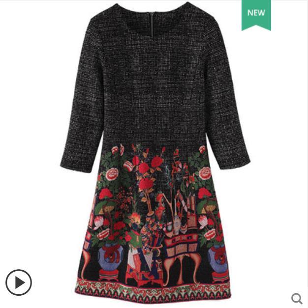 Vestido de gran tamaño para mujer 2018 otoño invierno nuevo micro grasa mm Yang qi ocultar carne cubrir vientre y cintura vestido estampado