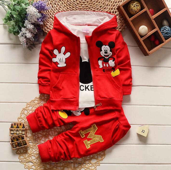 цена sell !!2017 New Chidren Kids Boys Clothing Set Autumn Winter 3 Piece Sets Hooded Coat Suits Fall Cotton Baby Boys Clothes Mickey