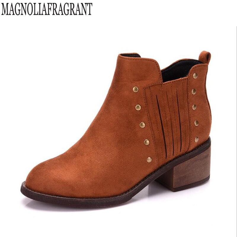 Plus size 34-43 Women's boots Fashion Pointed Toe Ankle Boots Women's Autumn Shoes Low Heels platform rivet women shoes k547