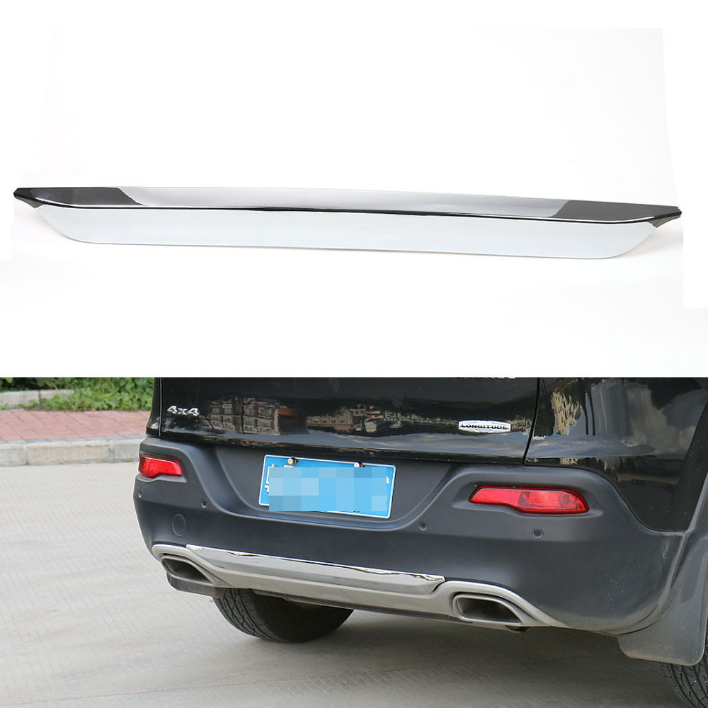 BBQ@FUKA 1Pc Light Car Rear Tail Trunk Lower Bumper Molding Cover Trim Sticker Fit For Jeep Cherokee 14 2016 Car Decal Accessory