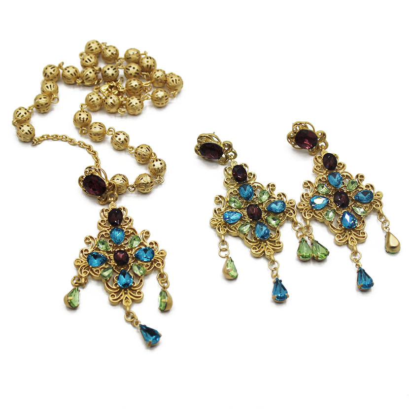 Européenne collier populaire Baroque long collier pendentif collier femelle croix chaîne de chandail 1349