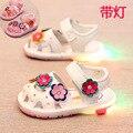 Luz Verão Crianças Sandálias Sapatos Meninas Da Criança Do Bebê Sapatos de Fundo Macio Sapatos de Bebê Da Princesa Crianças