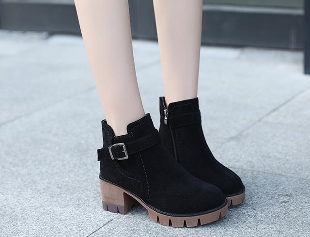 Новинка; сезон весна-осень; Ботинки martin; Модные женские студенческие Ботинки на каблуке в Корейском стиле; коллекция 100 года; новые ботинки для девочек
