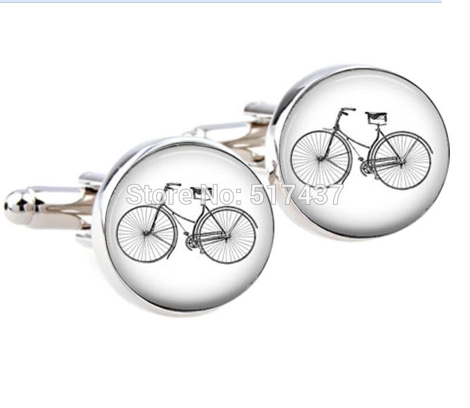 1 Pair New Fashion Cufflinks For Men Bicycle Cufflinks Bike Cuff Link For Women And Men Hand Made CuffLinks Designer Brand