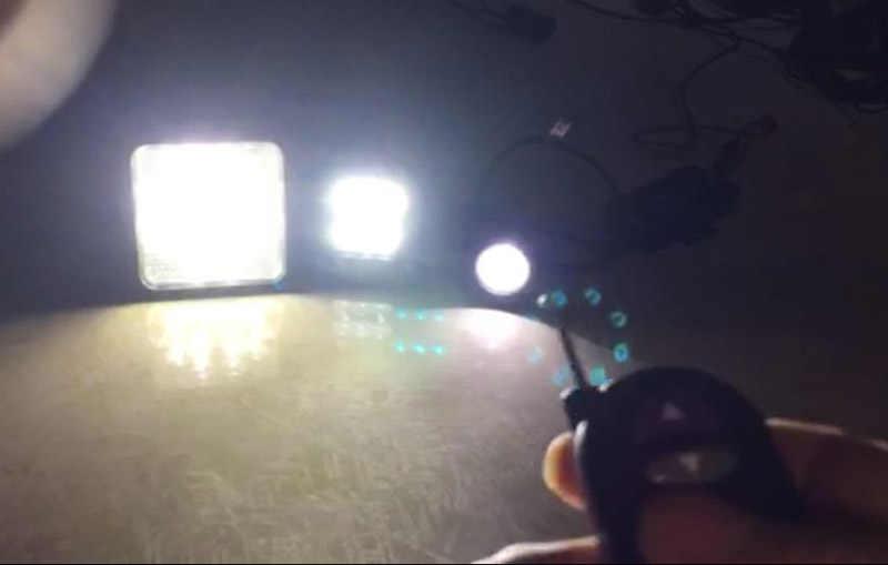 Беспроводной удаленной машине светодиодный управление вспышкой коробка Строб-контроллер для светодиодный бар/светодиодный свет работы/DRL дневные Бег свет/фара