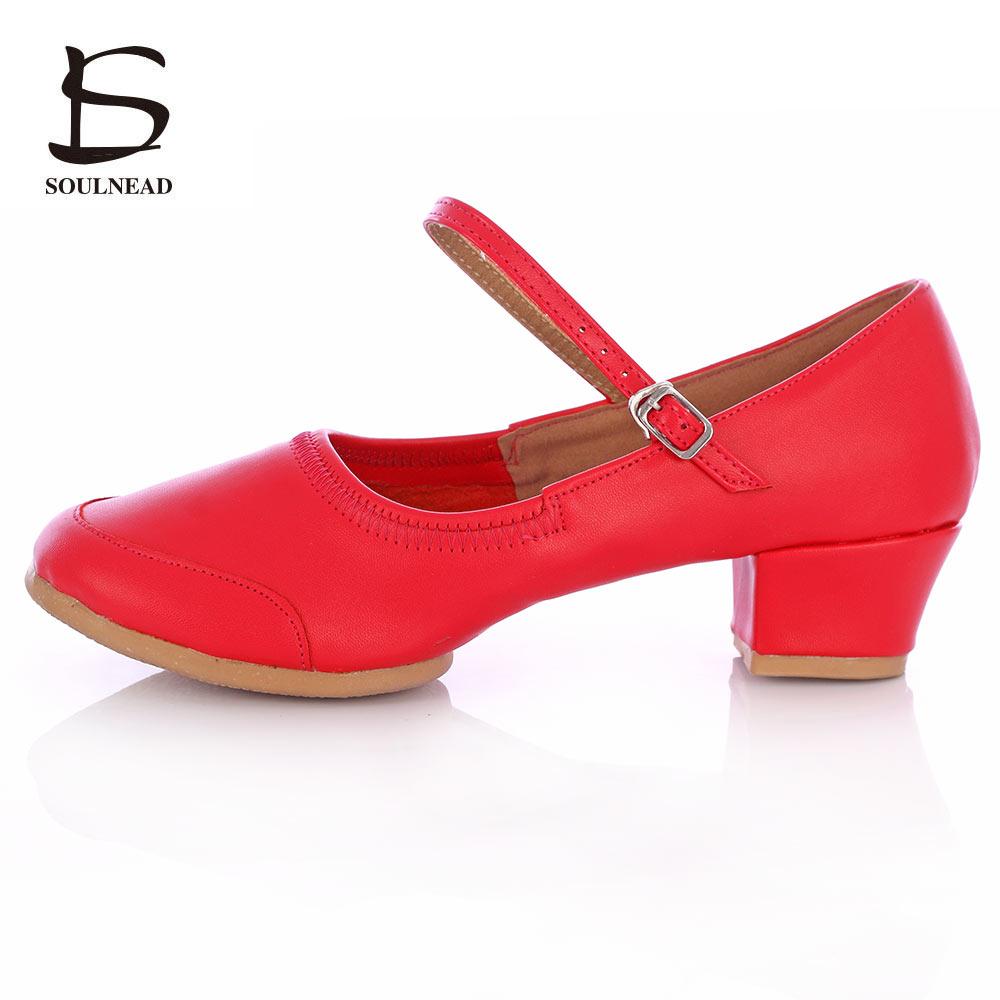 أحذية الرقص للمرأة أحذية الرقص مربع بكعب منخفض أحذية الرقص العرقية الصلب أسفل أسفل أحذية الرقص في الربيع والصيف 34-42