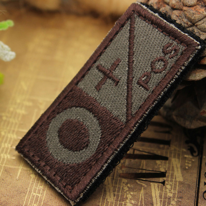 2019 Latest Design Military Tactics Blood Types Embroidered Sticker 3d Embroidery Armband Magic Tape Hook Patch Medical Armband Decor 7c1301 Elegant In Style Rock & Pop Entertainment Memorabilia