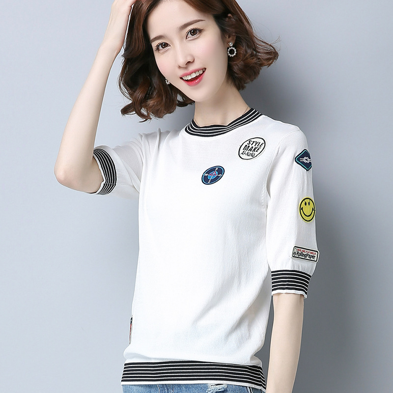 2018 New Feadya Female Clother Korean Letters Posted A Short Section Of Silk Cloth Personality Sweater Short Sleeved T-shirt