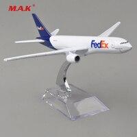 16cm Global Aircraft passenger 1:400 Plane Model Alloy materials Kids Toys for children Airbus simulation B777