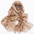 Вышивать цветок весна искусственного Шелка шарф женщин шарфы и палантины 2017 модный бренд кружева шифон шали, платки femme