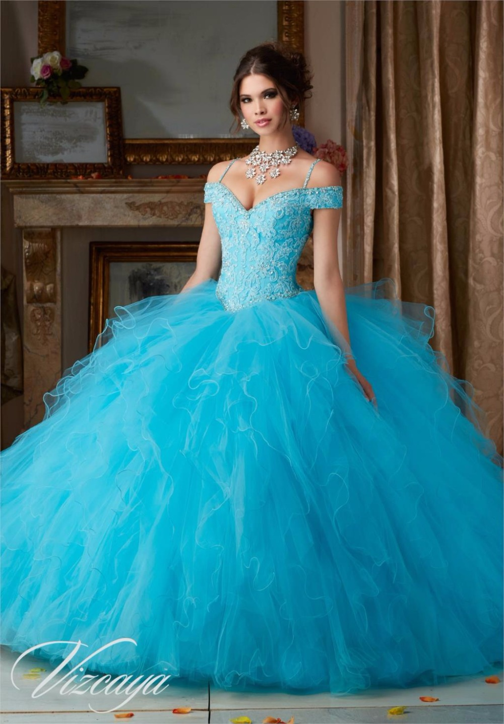 Cheap Coral Blue Champagne Quinceanera Dresses Ball Gown Appliques Fluffy Detachable Gowns Sweet 16 Pageant Dresses