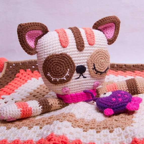 Pixie the cat amigurumi pattern crochet toy | 570x570