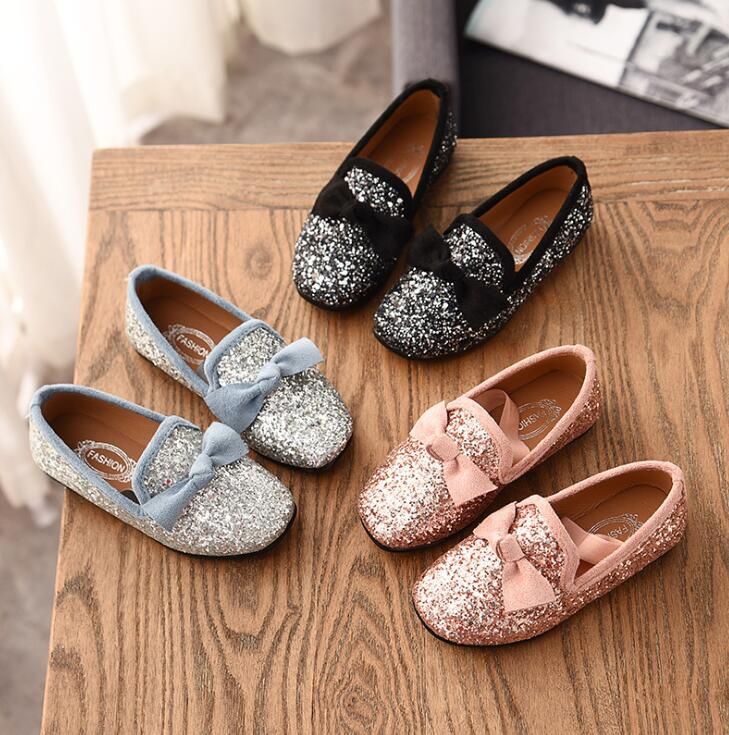 Girls Princess Bow Shoes Fashion Sequins Glitter Leather Kids Flats  Children s Loafers Party Wedding Halloween Shoes-in Sneakers from Mother    Kids on ... fe10b1e84553