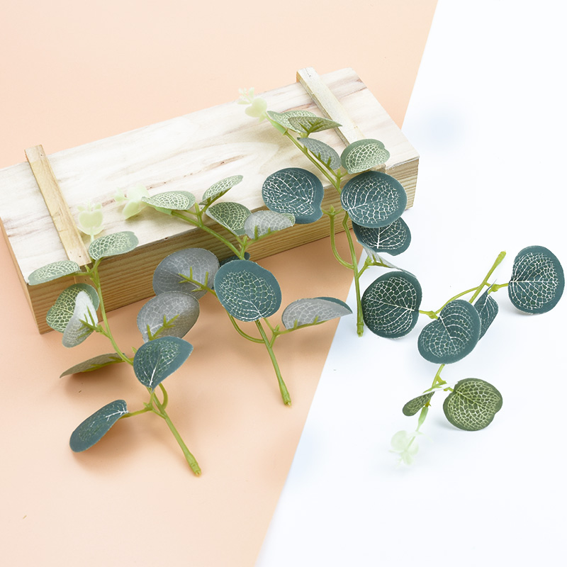 5pcs Artificial Eucalyptus Leaves Home Wedding Vases For Decoration Pompom DIY Gifts Fake Plants Ornamental Flowerpot Silk Leaf
