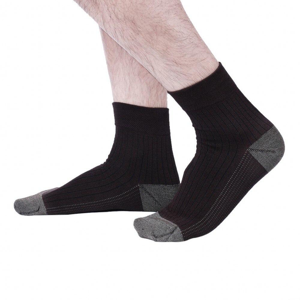 MEN SOCKS 10