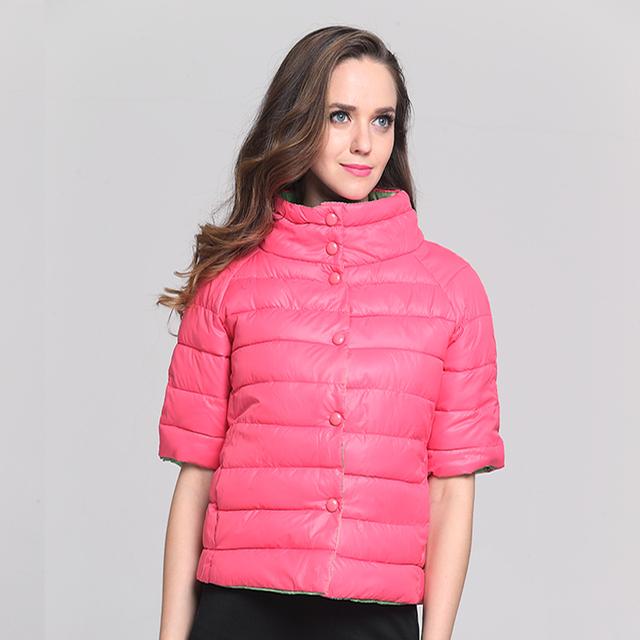 2017 Nova jaqueta de inverno mulheres Moda Meia Manga Gola Parkas & Brasão para o Outono Mulheres com Oco Algodão Dentro