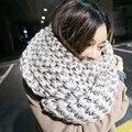 Британский стиль женщины зима wrap шарф кашемир полосатый крючком шарфы теплые и мягкие моды шеи lic шарф женские платки
