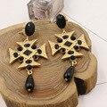 2017 Новый Напыщенные Роскошный Позолоченный Барокко Металлический Крест Треугольник Геометрия Черный Кристалл Шарики Смолаы Водослива Кулон Women353