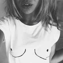 2016 Cotton Womens T shirt White Tit Tee Breast Printed T-Shirt Emoji Tees Street Boob Harajuku Womens Tshirt  M-3XL