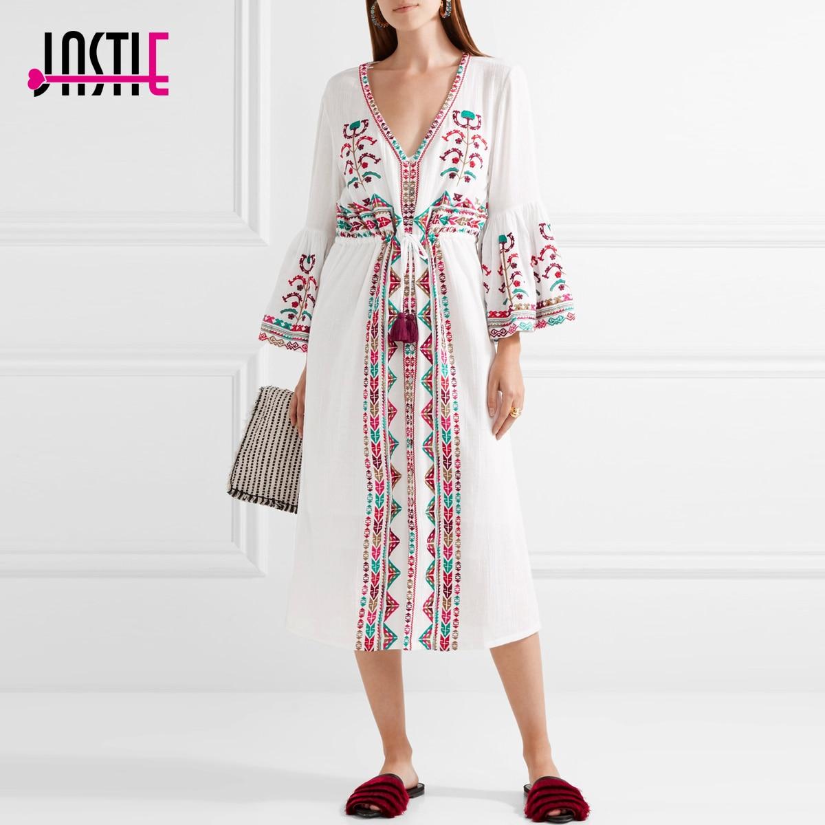 Jastie brodé coton robe mi-longue Boho manches cloche col en v robe de plage garniture de gland cordon femmes robes d'été robes