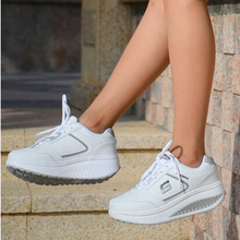 New Style Ladies Casuals PU Leather Ladies Fashion Shook Casuals Platforms Women Low Lace Up White Shoes Student Casual Shoes