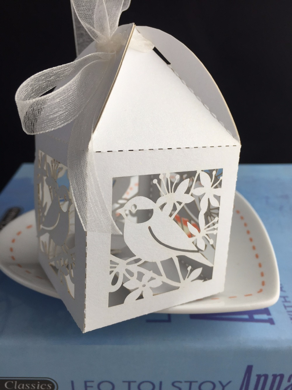 Love Bird 100pcs white fancy wedding favor box, birthday gift box ...